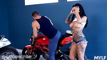 Lily Lane and Anna Bell Peaks are having a threesome with a very handsome man